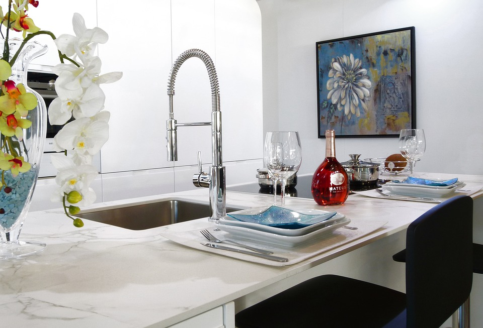 Unclogging a Kitchen Sink: Use These Top 8 Simple Ways