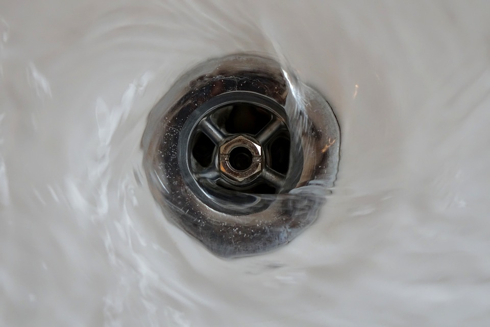 leaking bathtub drain
