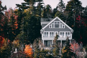 9 Basic Home Maintenance Tips for New Homeowners